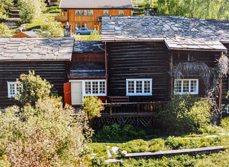 Jorderik fotografert rundt 1980, da taket fortsatt var dekket med skifer. I dag er det lagt bølgeblikk.